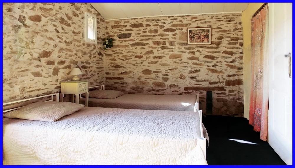 11 Grange du Moulin 1er Mezzanine (4em Chambre vue sur le lac avec 2 lits 90x190)