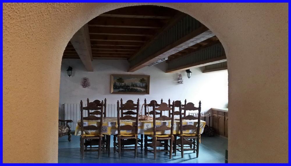 29 Grange du Moulin rez-de-chaussée (vue sur salle à manger)